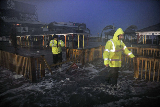 Captivating Photos Depicting the Devastation of Hurricane Sandy