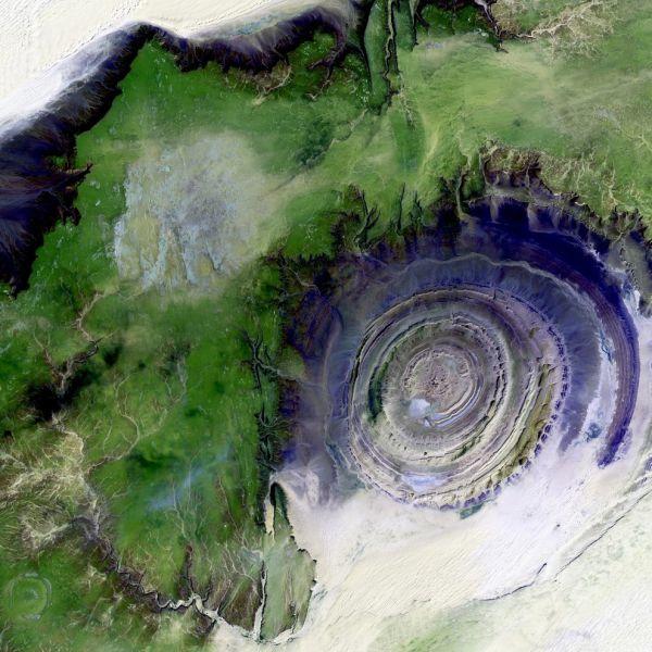 Explore the Galaxy and Beyond through These Awe-inspiring NASA Pics
