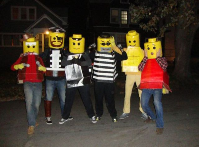 Here's A Quick Way to Make Your Own Lego Brick Halloween Costume