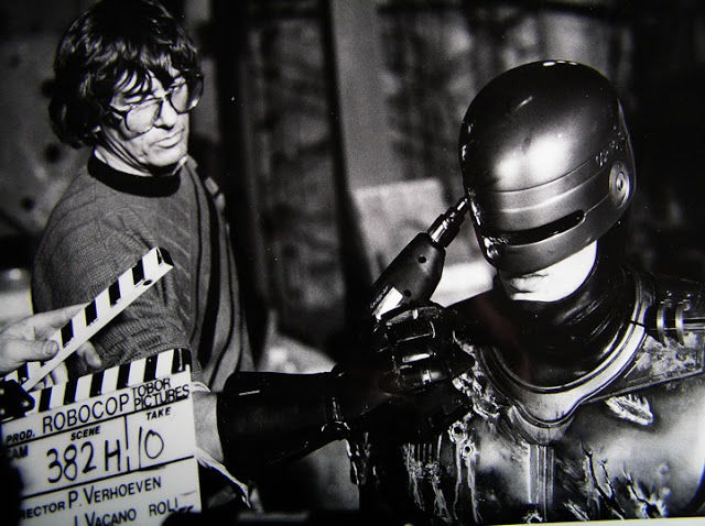 Candid Behind-the-scenes Photos from Hit Movies
