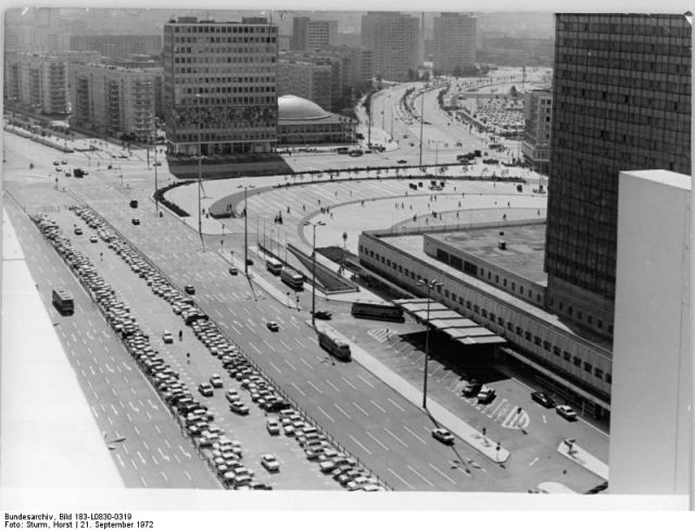 Historic Retro Photos from the German Federal Archives