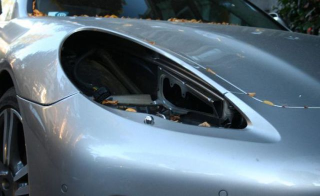 Porsches Get an Unexpected Makeover from Thieves
