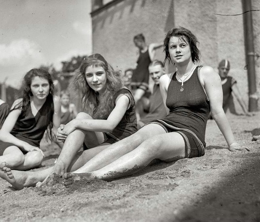 photo of girls from 1940 № 15137