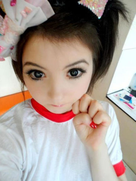 Creepy Girls Who Bring Dolls to Life!