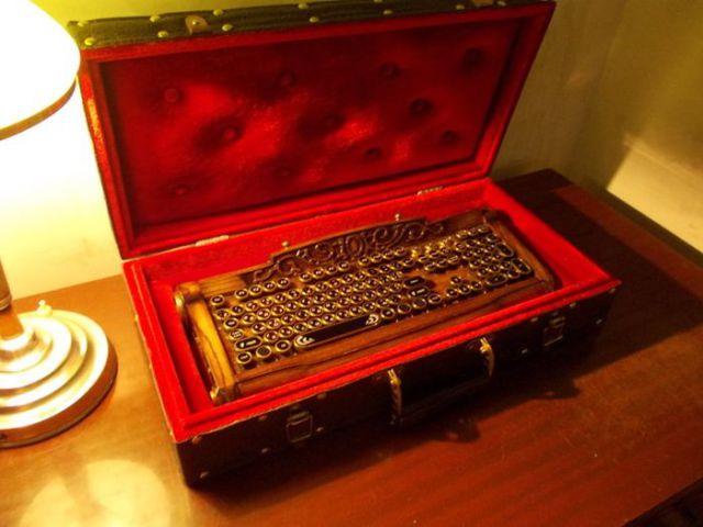 Beautiful, Handcrafted Custom Keyboard