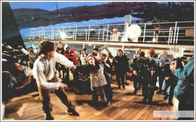 """A Behind-the-scenes Look at the Making of """"Titanic"""""""