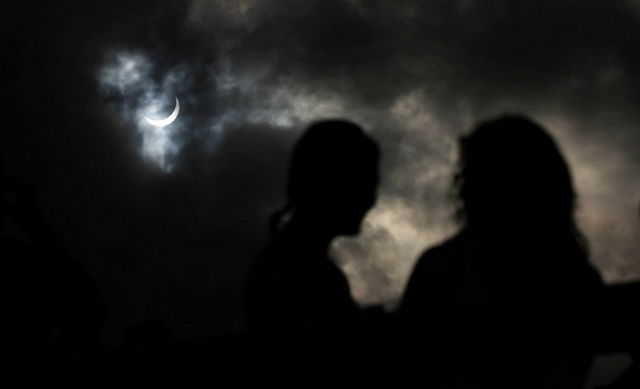Total Solar Eclipse Darkens Australia for Two Minutes