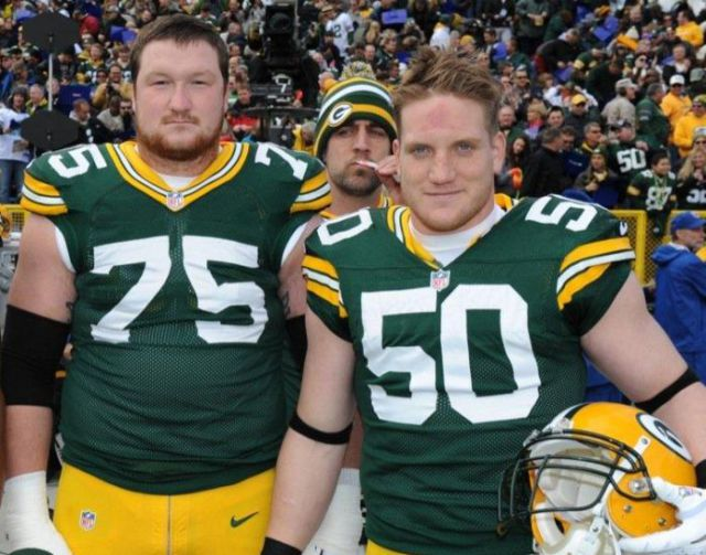Aaron Rodgers is a Photobombing Chief
