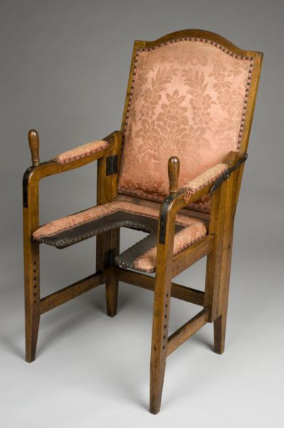 Ancient Birthing Chairs Helped Women During Childbirth