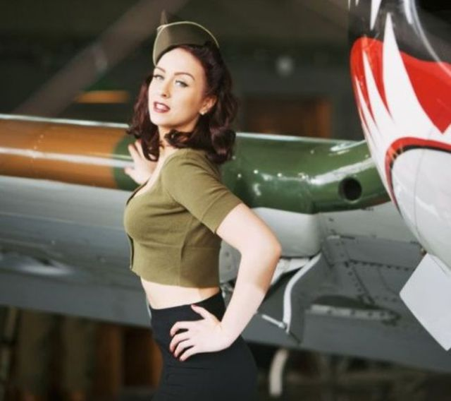 What's Not to Love about These Pretty Pin Up Girls
