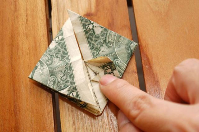 "Next Time You Tip, Do It ""Origami Style"""