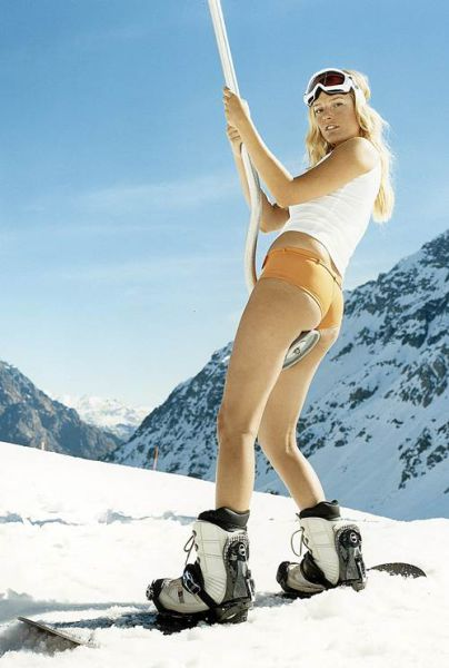 Keep Warm on the Slopes With These Ski Girls