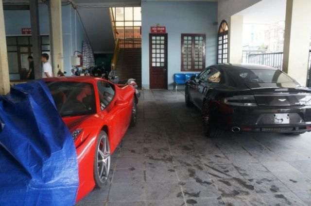 The Luxury Cars of Vietnam's Wealthy