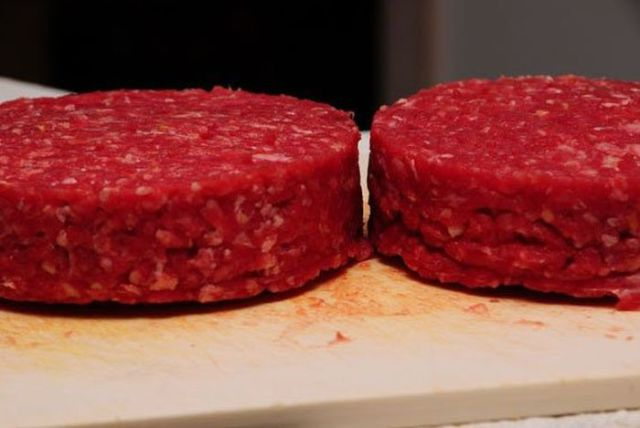 Make Your Own Cheese-filled Burger Patty