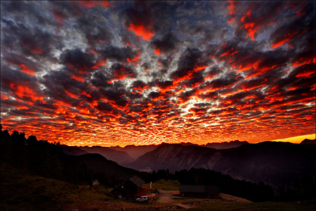 A Colour Explosion in the Sky