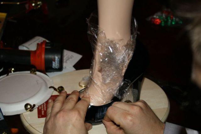 "How to Make the Original, ""A Christmas Story"" Leg Lamp"