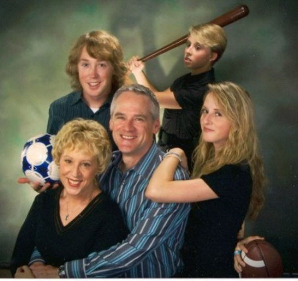 Awkward Family Photos. Part 11