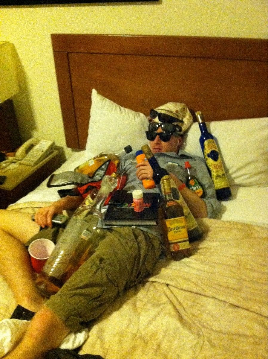 Приколы над пьянами 15 фотография