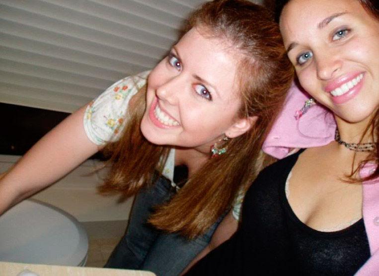 Пьяные девушки в уборной 74 фото
