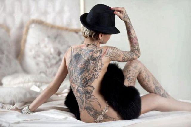 Men Who Go Crazy for Tattoos Will Love These Girls