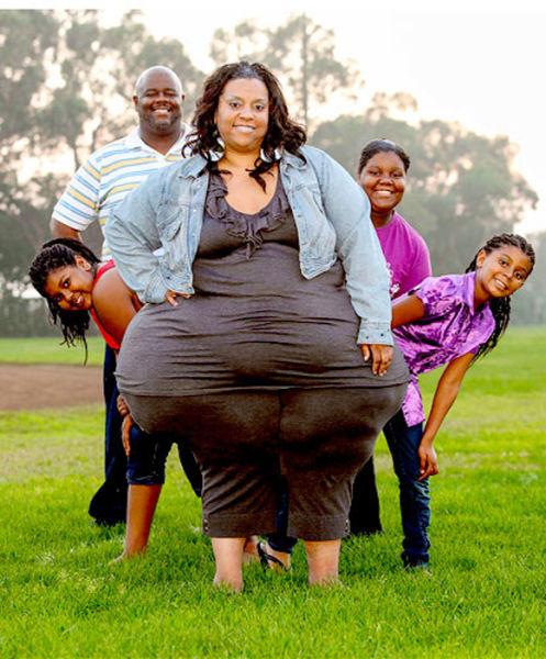 Women Has World's Widest Hips