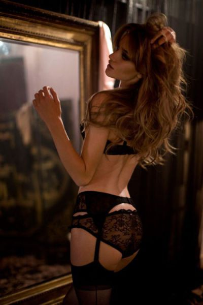Girls Remind Us Why We Love Lingerie
