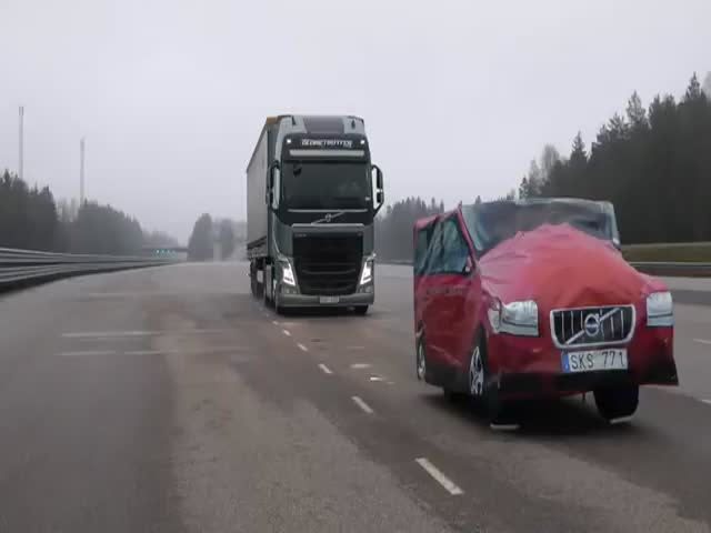 Volvo's Incredible Emergency Braking System for Trucks