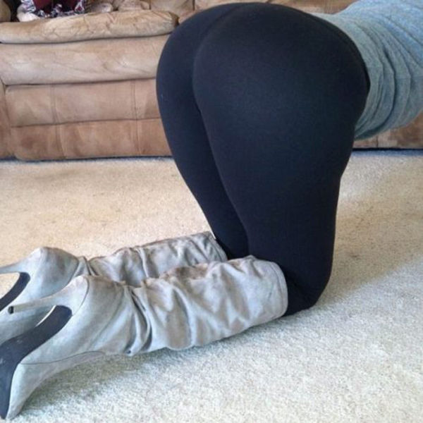 What's Not To Love About Yoga Pants? Part 5 (55 Pics + 1