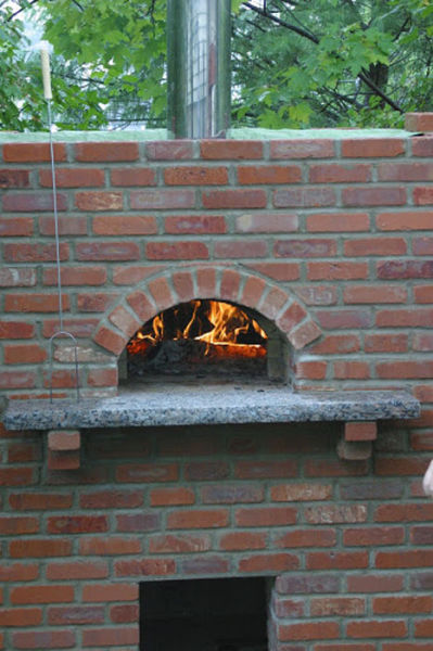 Homebuilt Outdoor Pizza Oven