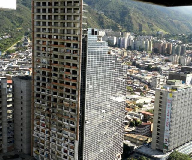 Abandoned Skyscraper Is Home to Thousands