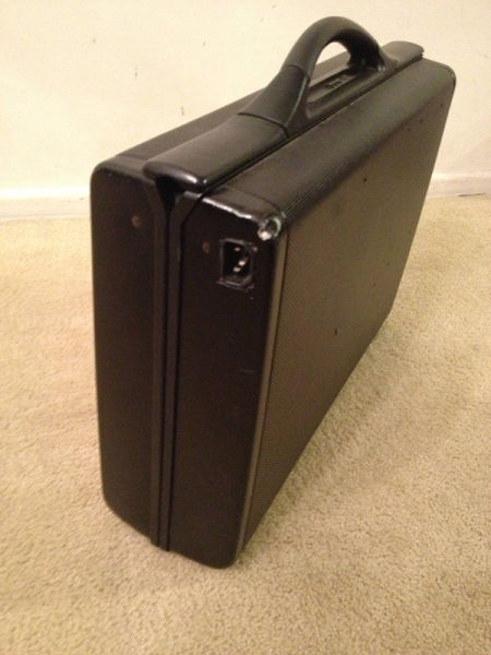 Briefcase Device for Gamers Who Can't Afford An Expensive Laptop