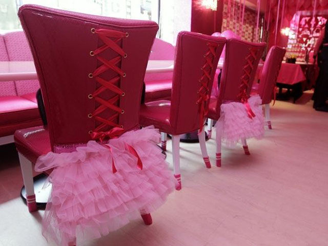 "Barbie Inspired Dining at Taiwan's Own, ""Barbie Café"""