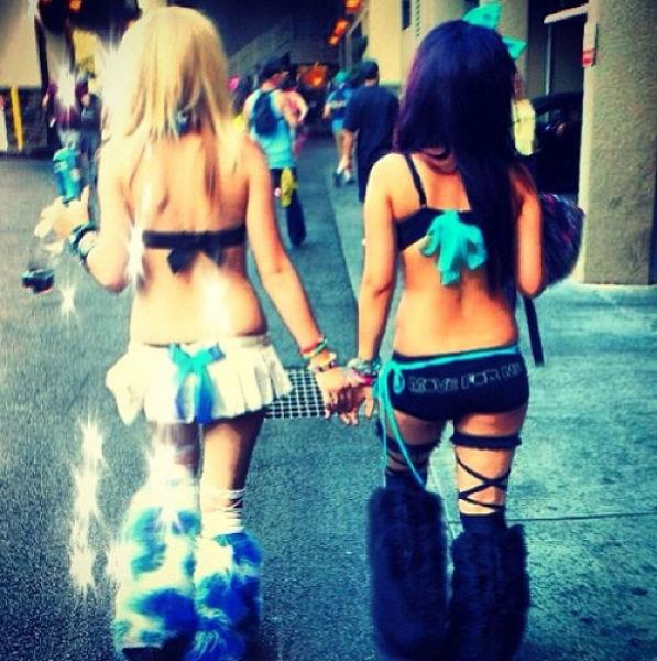 Raver Girls