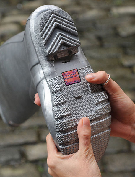 WTF of the Day: A Phone Made for Walking