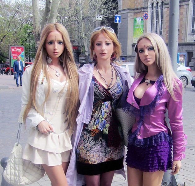 barbie s real life family and friends 22 pics izismile com
