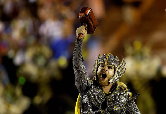 Crowds Go Wild on the Streets of Rio