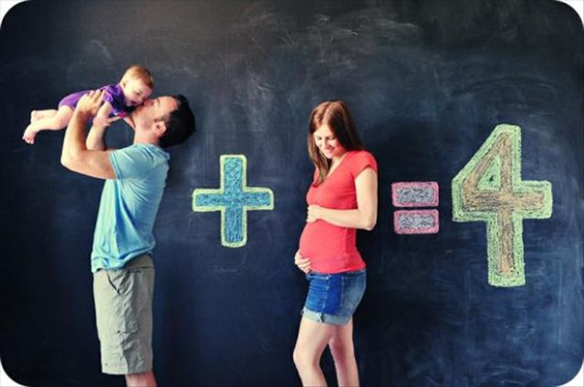 "Lovely ""Baby-on-the-way"" Announcement Ideas"