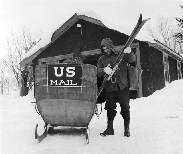A Look at the Past and Present United States Postal Service