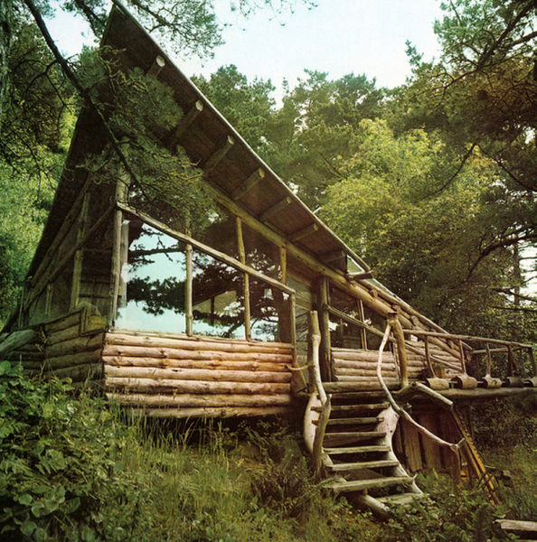 Wonderful Woody Hideaways