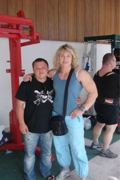 Meet the Women's Powerlifting Champion