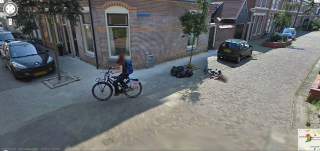 Amusing Things Caught on Google Street View. Part 2