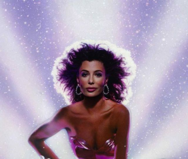 Past and Present Pictures of Kelly Le Brock