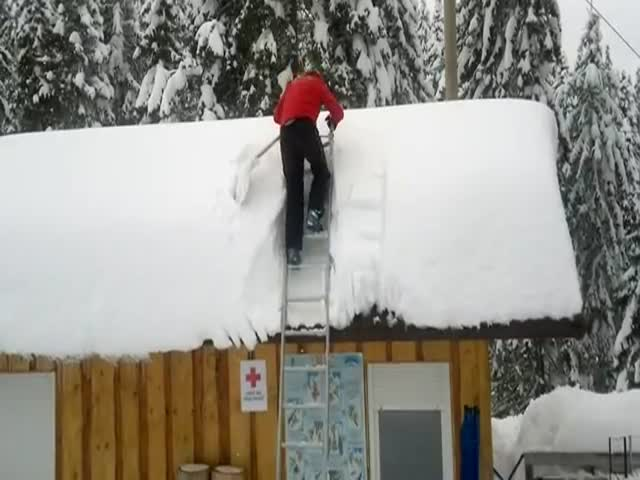 Removing the Snow from the Roof in 30 Seconds – Fail or Win?