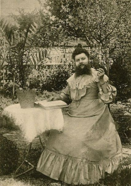 Disturbingly Odd People from the Past