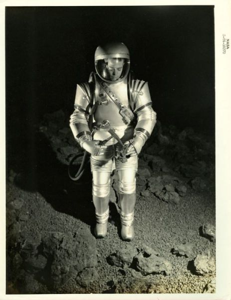 Old NASA Photos Gives Us a Look into the Past