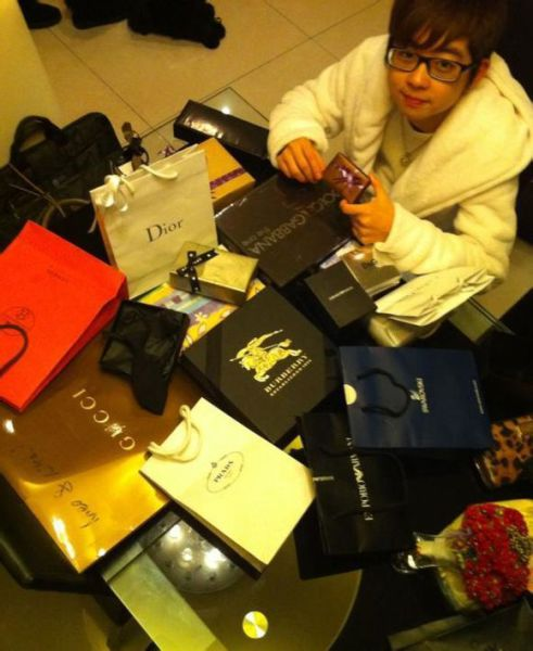 The Hard Life of a Chinese Rich Boy