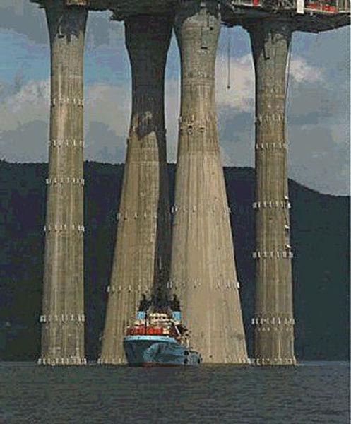 Impressive Oil Rig, Troll-A