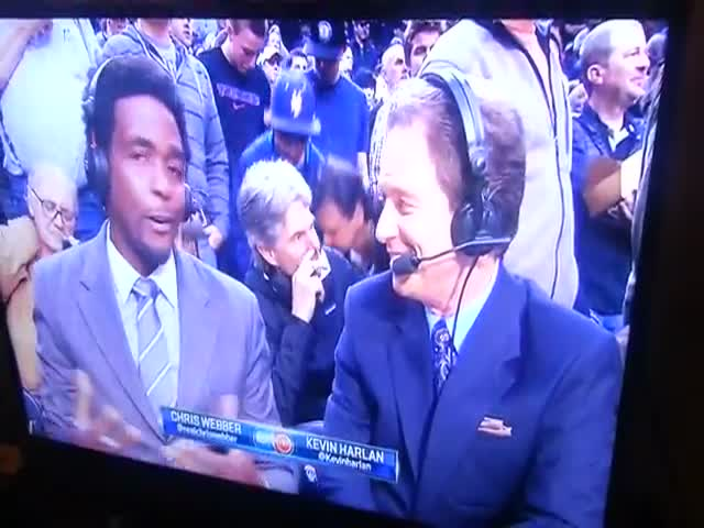 Guy Busted Picking His Nose on National TV, Totally Owns It!