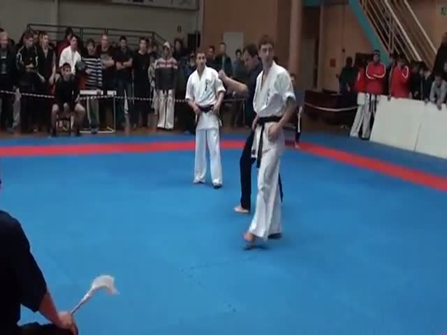 Stunning Karate Kick Knockout