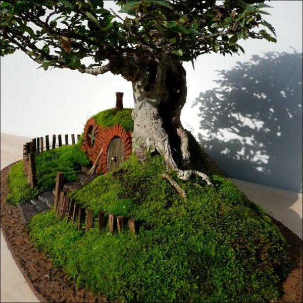 A Very Sweet Bonsai Hobbit House